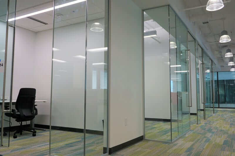 Image of Panoramic Return Glass Partitions